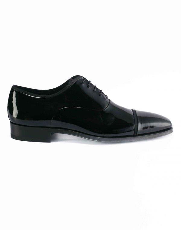 BLACK PATENT LEATHER LACE UP OXFORDS1