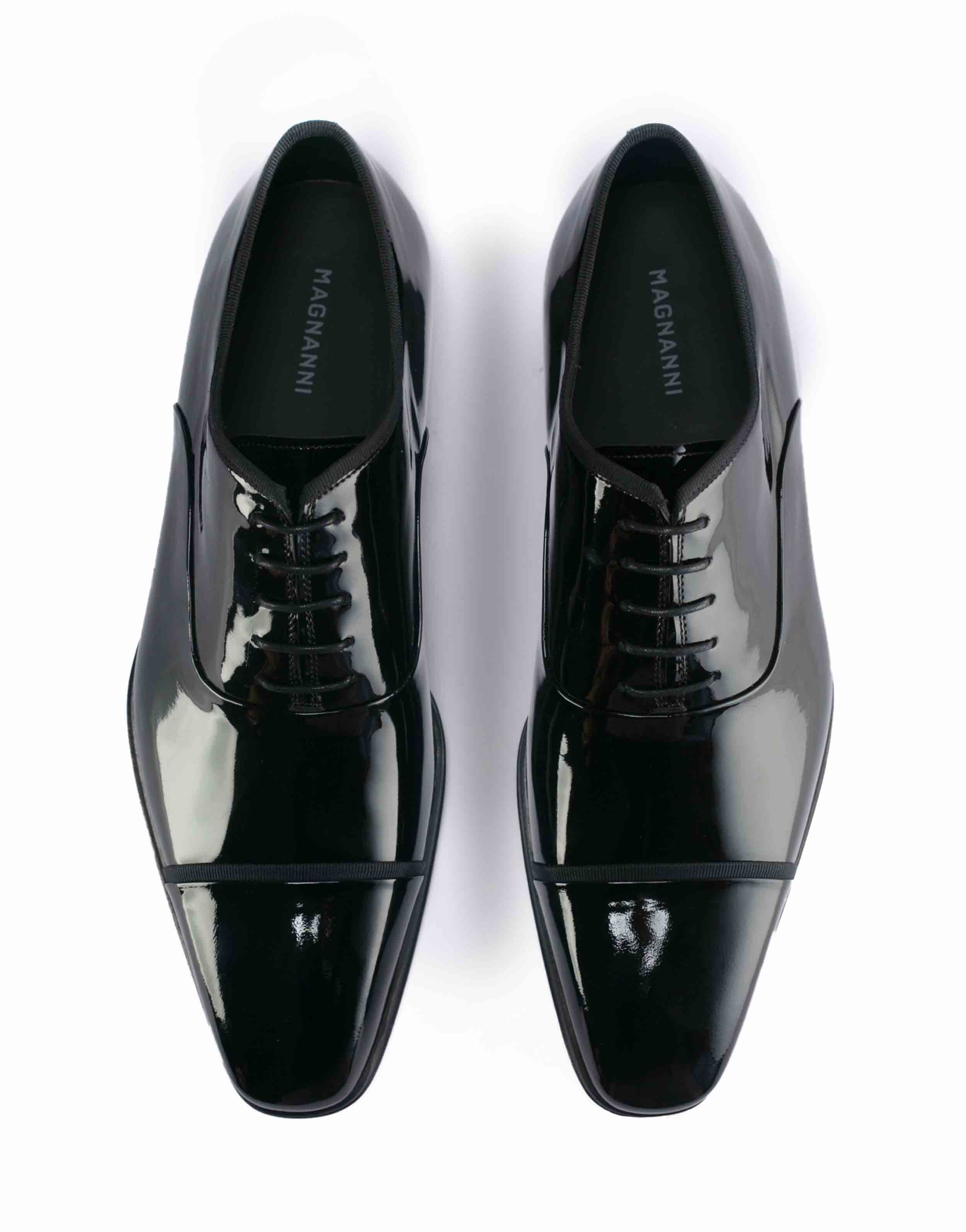 BLACK PATENT LEATHER LACE UP OXFORDS4