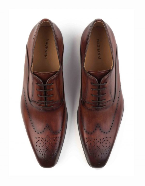COGNAC WINGTIP MEDALLION OXFORD SHOE4