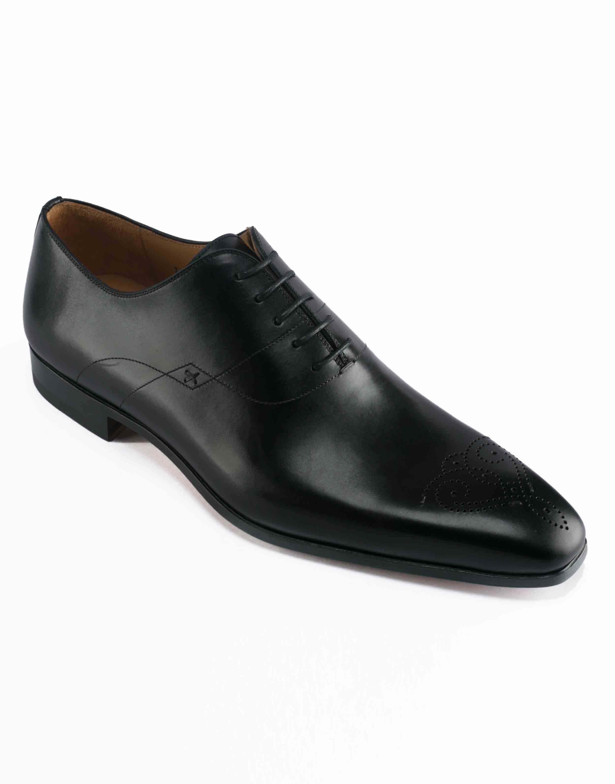 MEDALLION TOE WHOLECUT BLACK OXFORD2