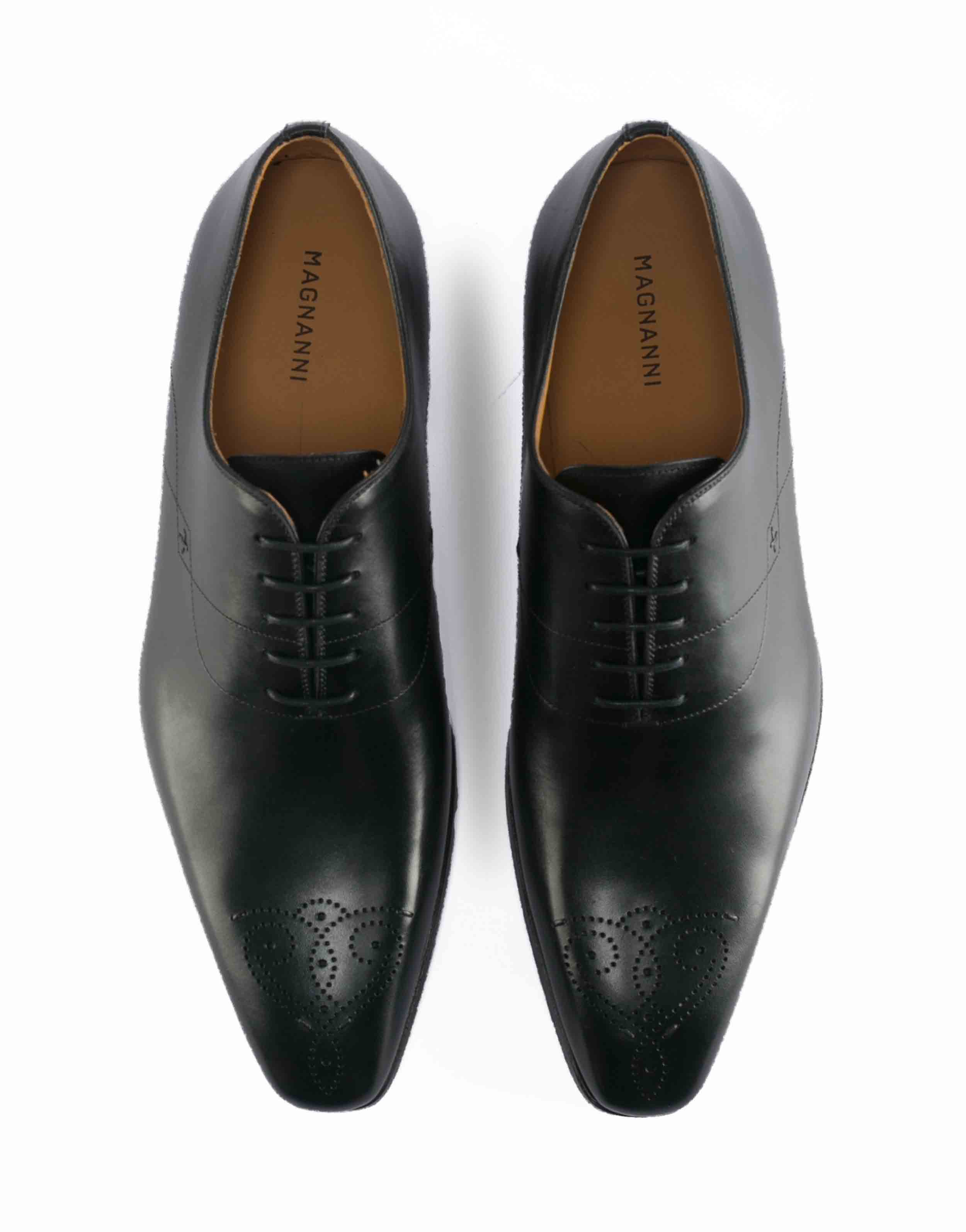MEDALLION TOE WHOLECUT BLACK OXFORD4