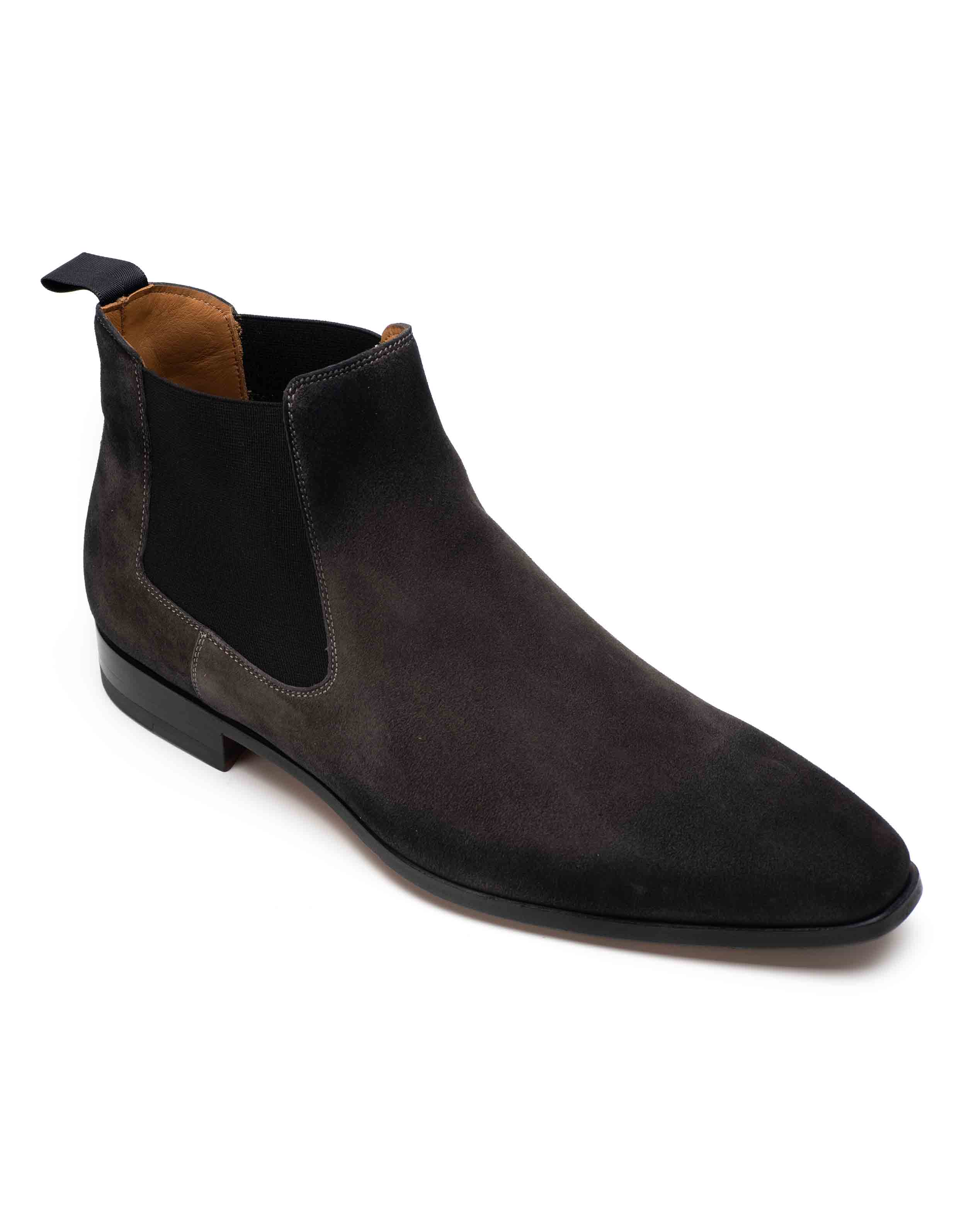 SUEDE CHELSEA BOOT2