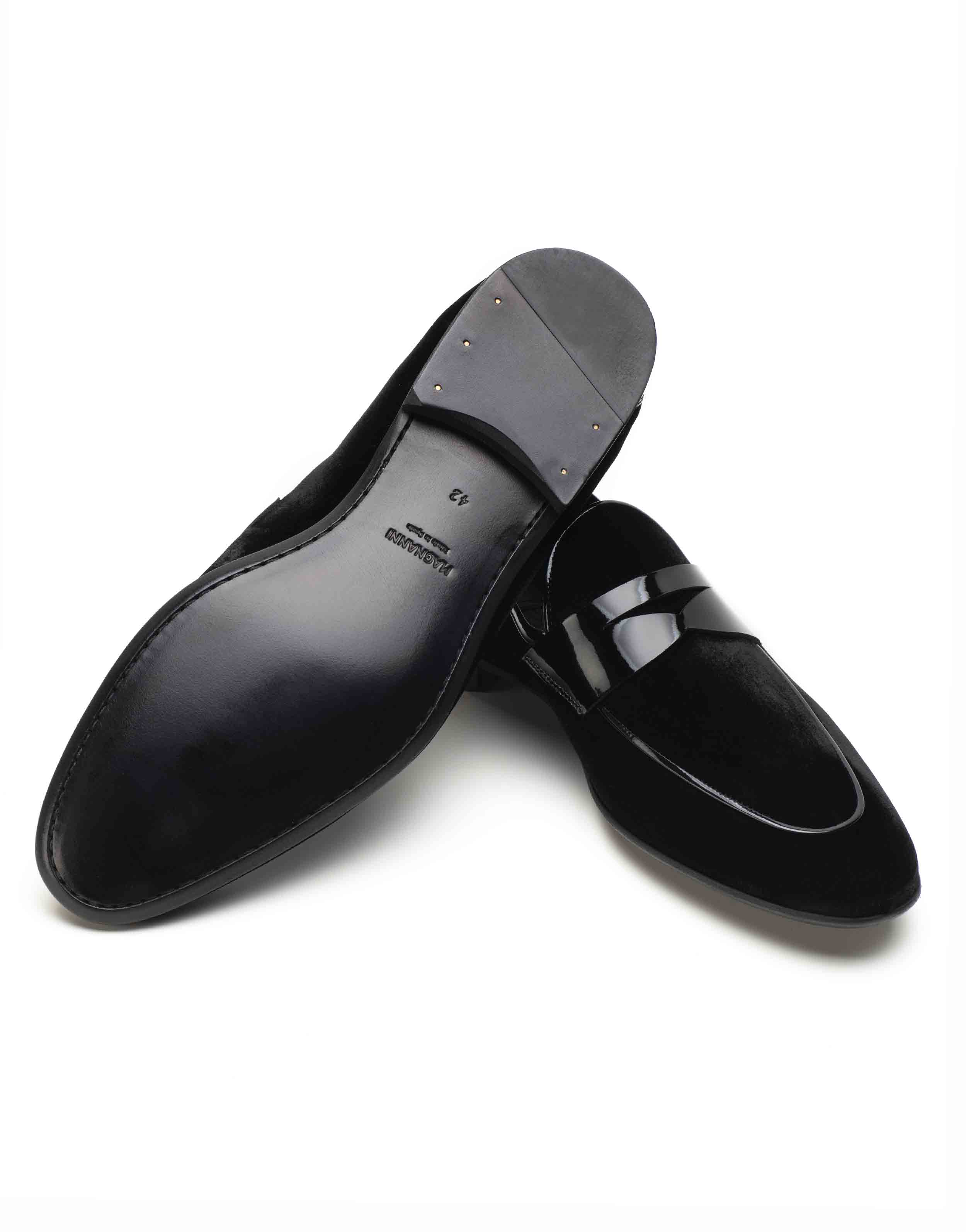SUEDE TUXEDO LOAFER3