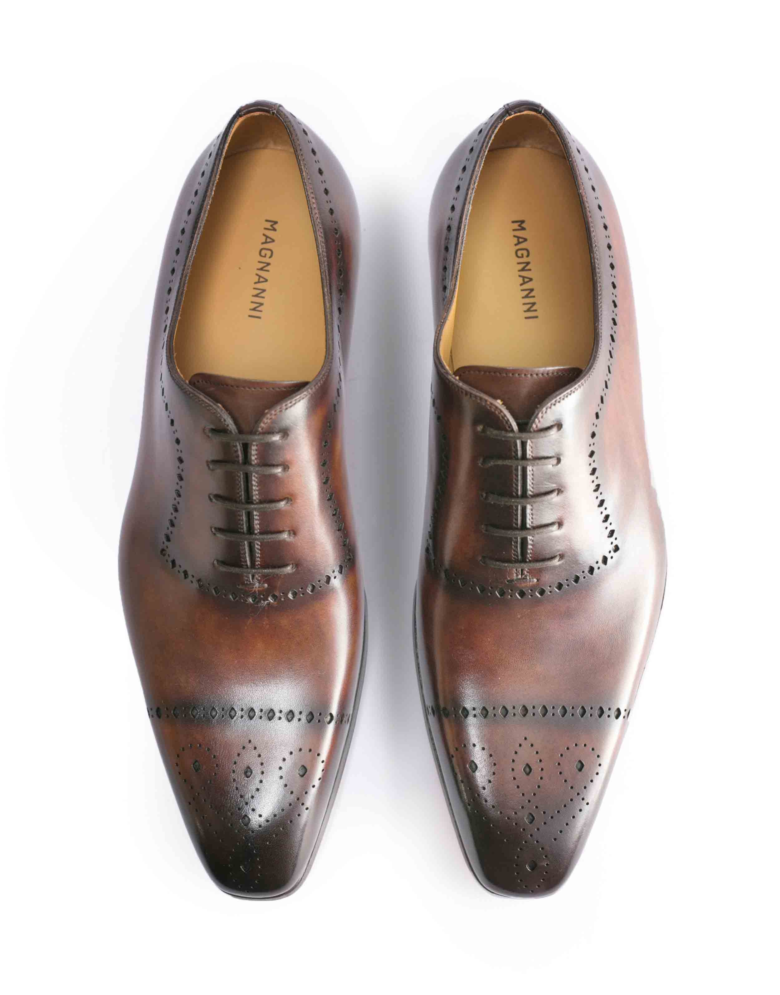 TABACO WHOLE CUT MEDALLION TOE OXFORDS4