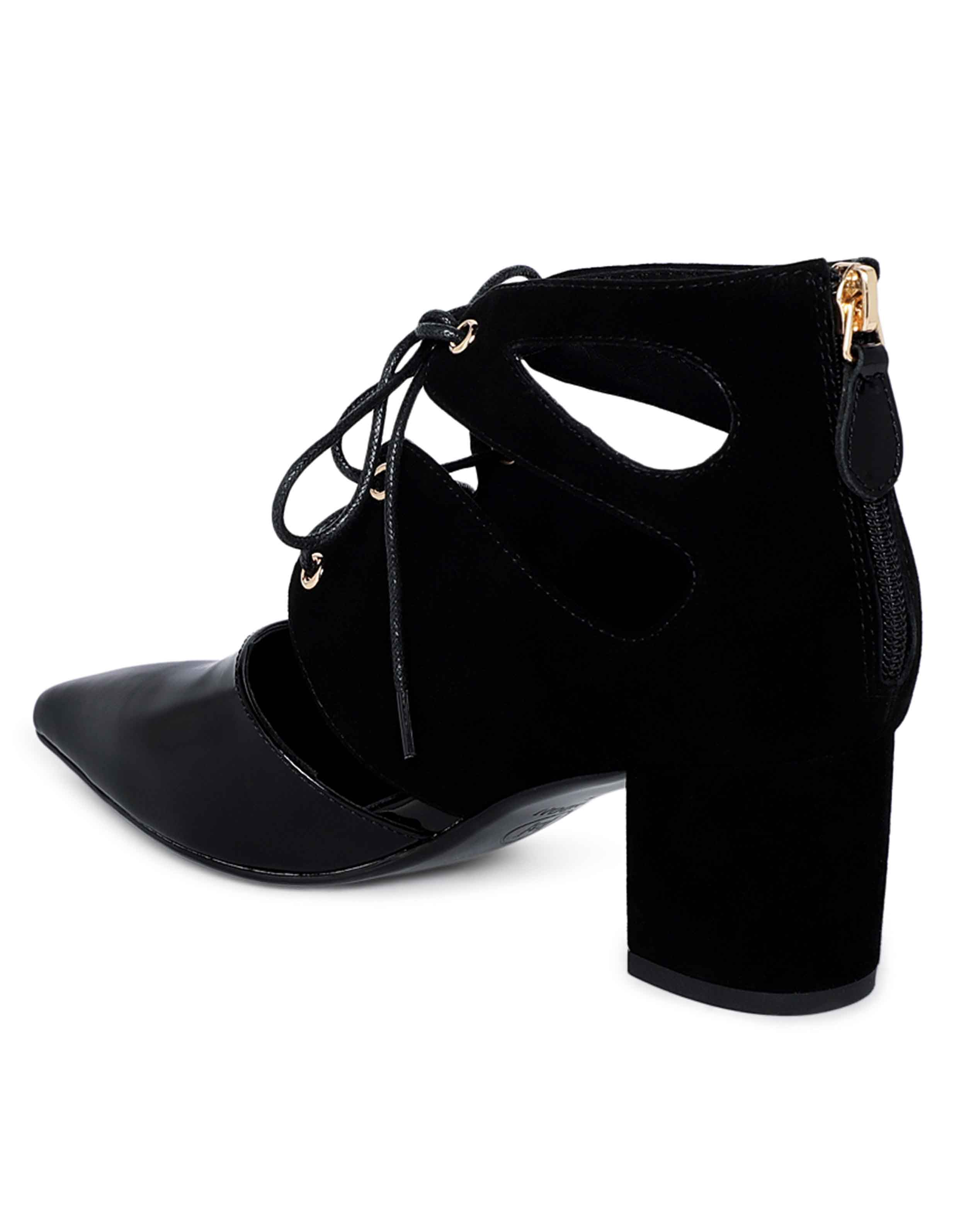 Cut-out Ankle Boots3