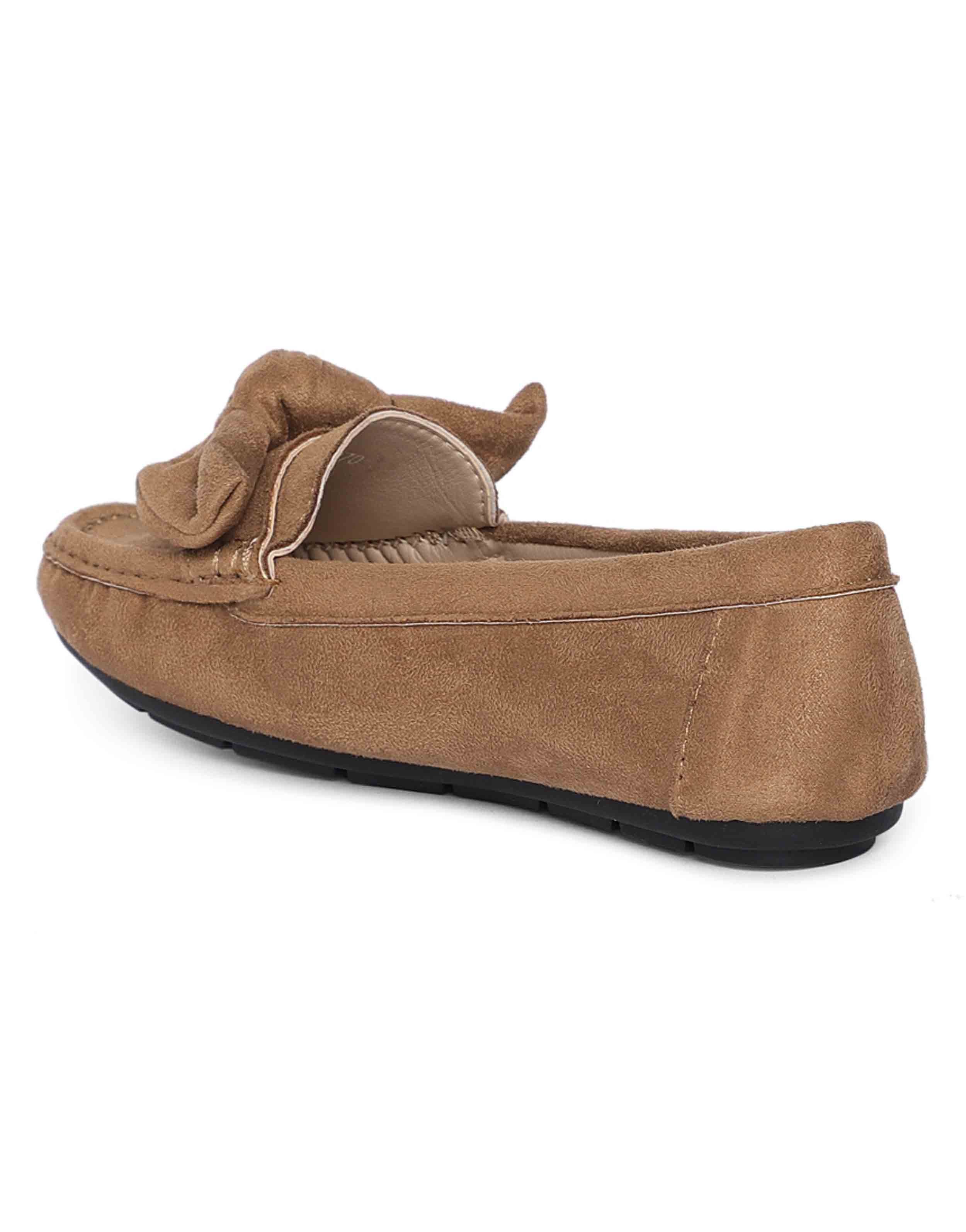 Tan Bow-Tie Loafers3